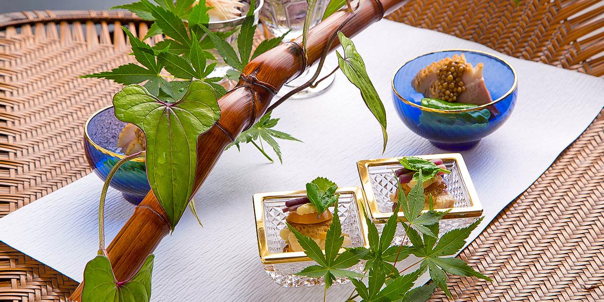 日本料理の世界的聖地、大阪。その粋と華を、ますます力強く発信。