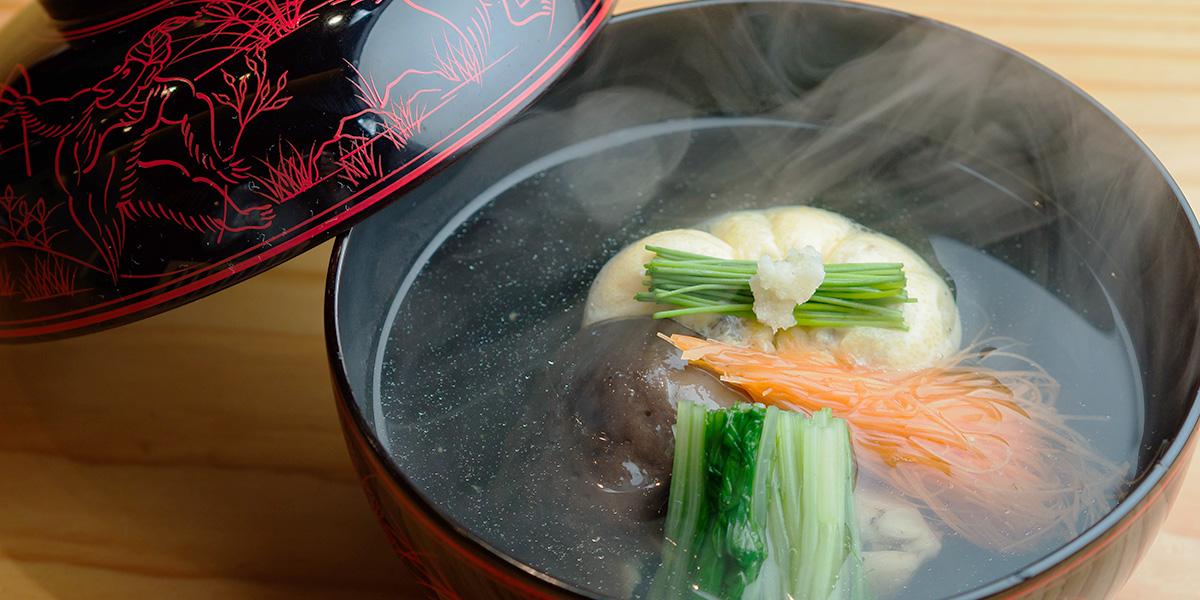 食通たちが足繁く通う、 神戸きっての日本料理の名店で特別な夜を。