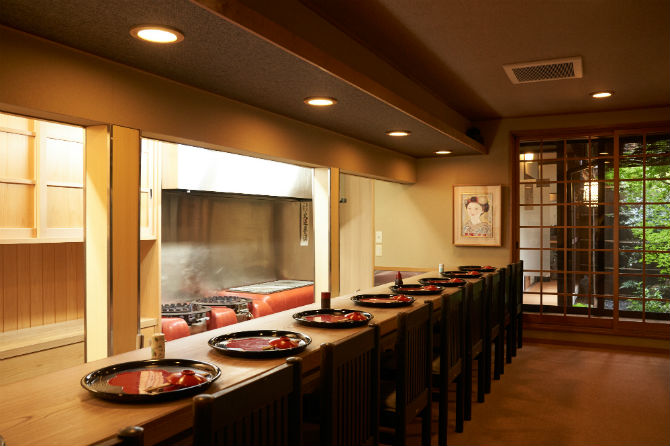 藤原頼通邸跡の京料理店は現代の名工の技が光る