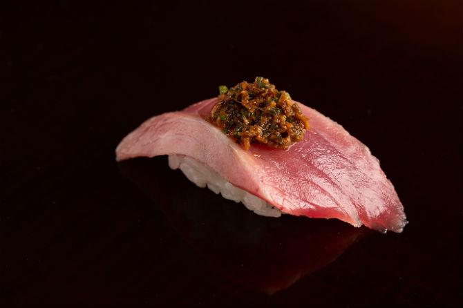 小倉の寿司文化を担ってきた、街の宝というべき一軒