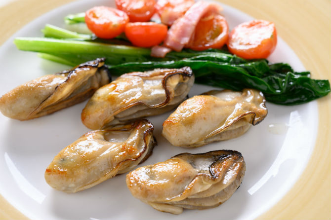 地御前の濃厚な「健牡蠣」のすごさを知る
