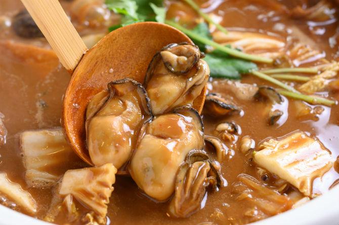 広島の牡蠣といえば名の上がる、老舗かき船レストラン